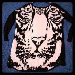 Black tiger clasp-front cardigan